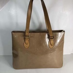 Louis Vuitton Brentwood Beige Vernis Leather Tote